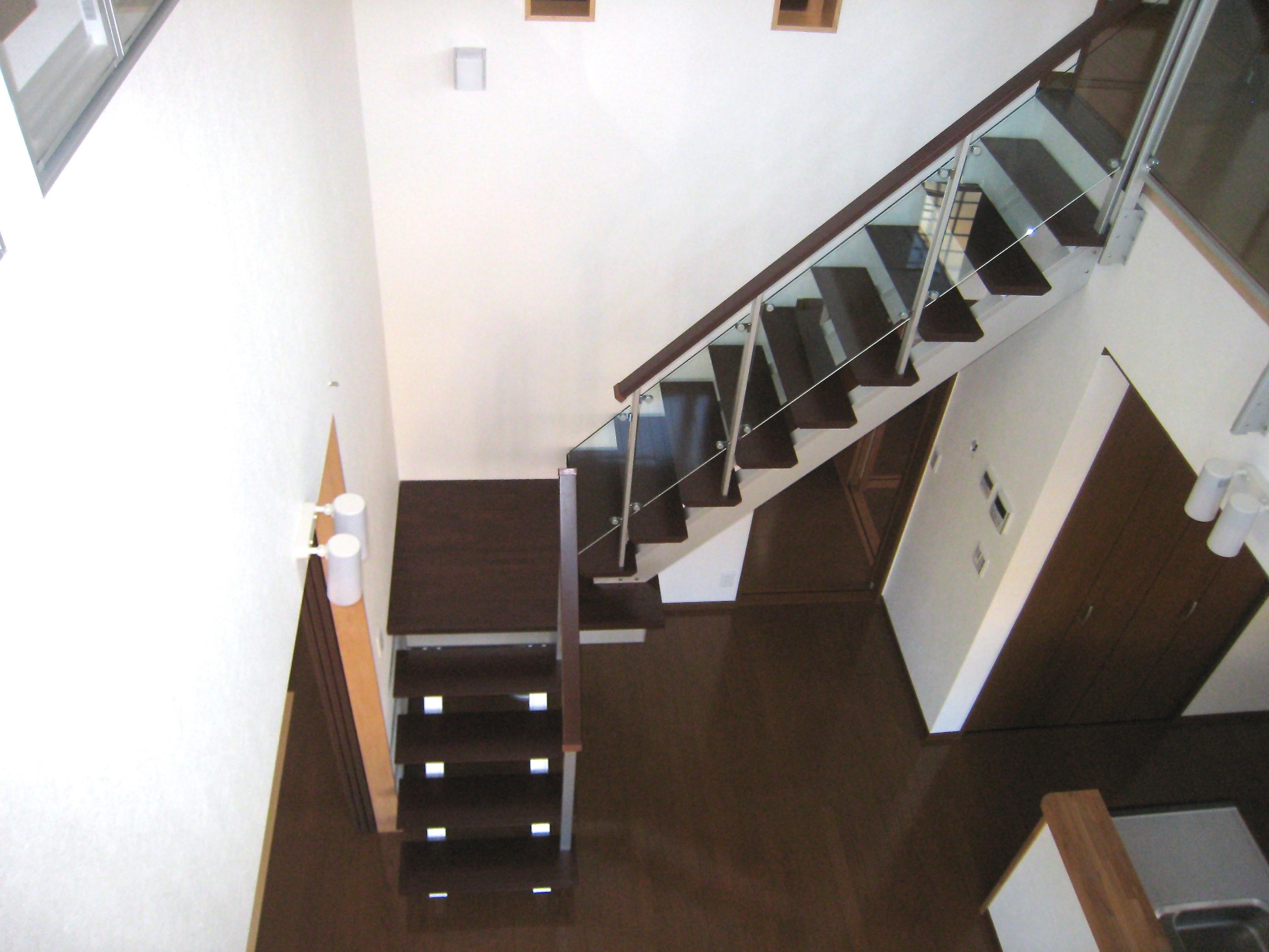 モダンな階段