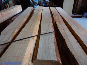 六角柱の原木
